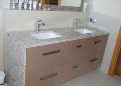 blaty kamienne umywalki podwieszane pomprskie